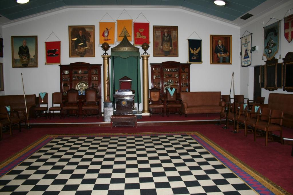 catshill lodge installation 2013 001.JPG